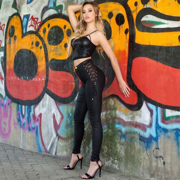 Sexy Skinny Hose in Lederoptik mit Netz und Schnürung