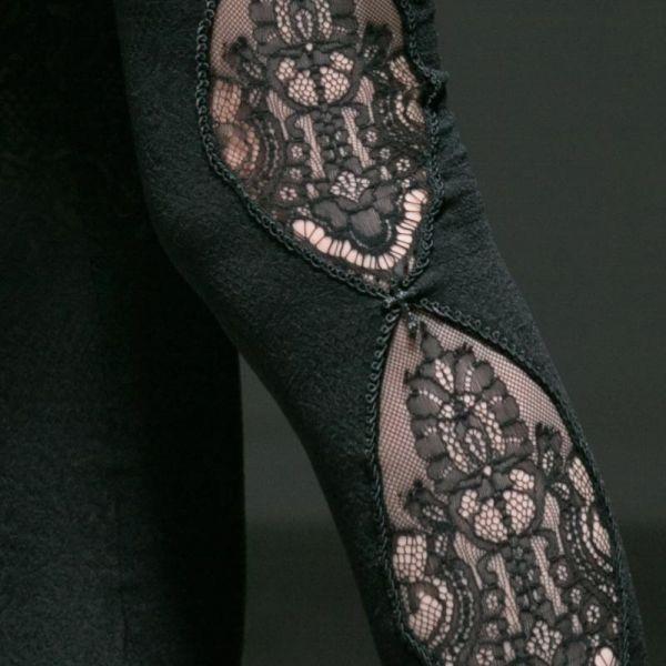 Leggings mit Ornament Häkelspitze und Netzeinsätzen
