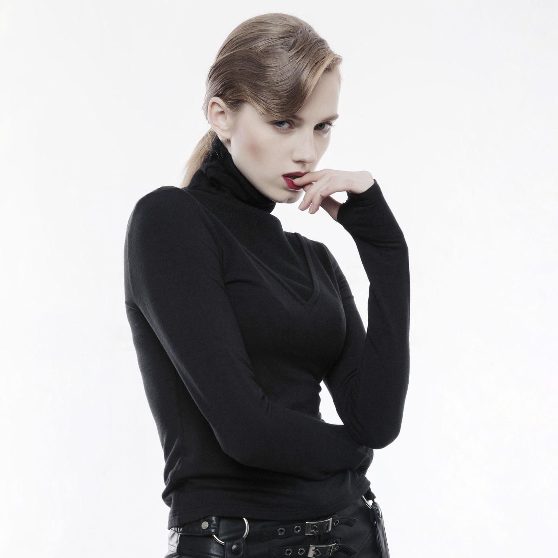 best sneakers 21f61 267d3 Rollkragen Shirt im Gothic Style mit Daumenlöchern