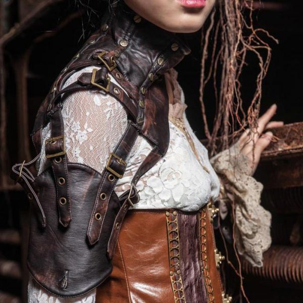 Steampunk Harness im Rüstungs Leder Look