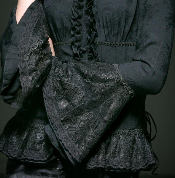 Viktorianische Bluse mit Trompetenärmeln